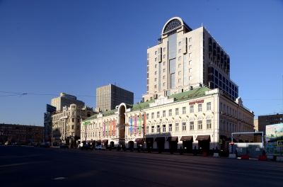 "Shopping Mall ""Smolensky Passage-1"""